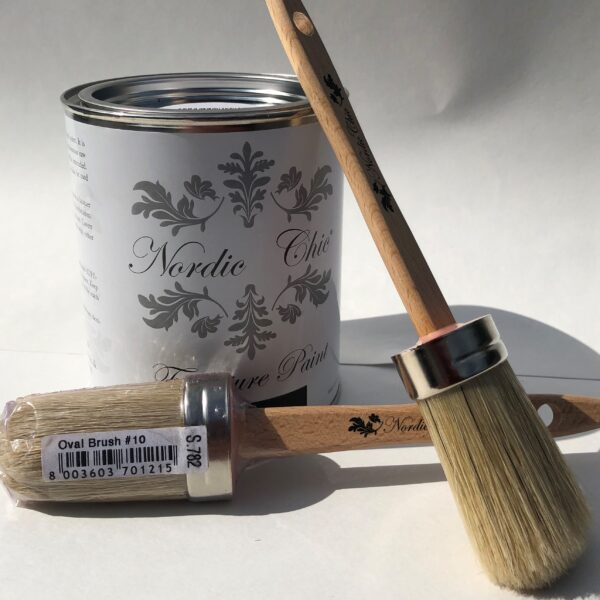 Oval Brush #10