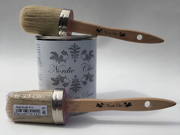Nordic Chic brushes with paint